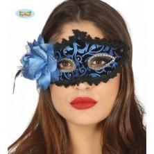 Modrá maska s perím