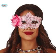 Ružová maska s kvetinou