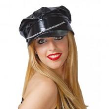 Čierna vinylová čiapka