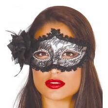 Maska s kvetinou strieborná