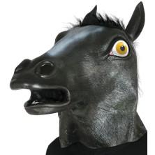 Maska čierneho koňa