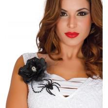Čierna kvetina s lebkou a pavúkom